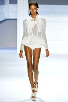 Vera Wang Spring 2012 Ready-to-Wear Fashion Show - Jasmine Tookes