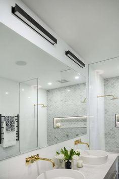 julia-sasha-week-3-bathroom-2000x1333-37