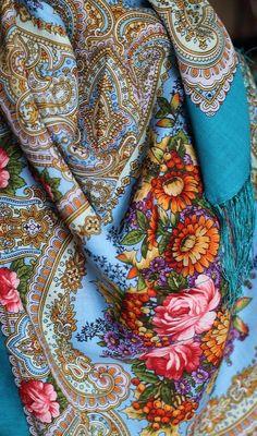 Love! Porcelaine blue Russian scarf.