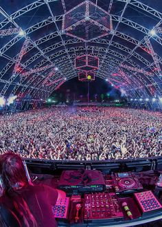 Coachella 2014.... I will come visit you