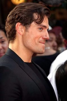 The witcher Henry Cavill The Witcher, Henry Superman, Love Henry, Henry Caville, Henry Williams, Actrices Hollywood, Perfect Man, Cute Guys, Celebrity Crush