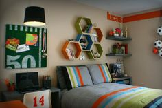 Teens Bedroom : 10 Very Cool Little Boys Bedroom Decor Ideas - Simple Blue and White Boy Room With Animated Underwater Animal Decal pottery barn kids, little boys room, little boy bedroom ideas, little boy bedroom themes, boys bedroom idea Cool Teen Bedrooms, Boys Bedroom Decor, Awesome Bedrooms, Cozy Bedroom, Bedroom Furniture, Girl Bedrooms, Master Bedroom, Bedroom Colors, Modern Bedroom