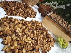 Soon thesweetsmell figs will fillDalmatia and many other parts of Croatia. Here is how you sun dry figs the right way.