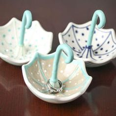 ^ Well, isn't this umbrella ring holder just the cutest?^ Well, isn't this umbrella ring holder just the cutest? Ceramic Clay, Ceramic Pottery, Pottery Art, Ceramic Decor, Clay Art Projects, Ceramics Projects, Polymer Clay Crafts, Diy Clay, Air Dry Clay Crafts