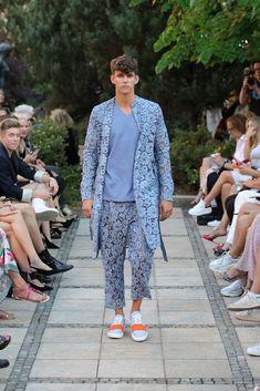 Male Fashion Trends: Marcel Ostertag Spring-Summer 2019 - Berlin Fashion Week Marcel, Male Fashion, Fashion Trends, Berlin Fashion, Spring Summer, Blazer, Jackets, Men, Moda Masculina