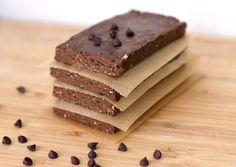 chockohlawtay: Chocolate Peanut Butter Fudge Brownie Protein Bars