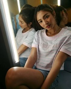 Nadz Lustre, Nadine Lustre Outfits, Filipina Beauty, Liza Soberano, James Reid, Jadine, Street Outfit, Celebs, Celebrities