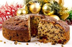 Food Network Chef Keegan Gerhard shares his mother's fruitcake recipe and proves… – Fruit Cake Christmas Pudding, Easy Christmas Cake Recipe, Best Fruitcake, Christmas Cake Decorations, Christmas Cakes, Gluten Free Cakes, Le Chef, No Bake Cake, Food Network Recipes