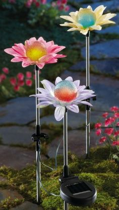 Color Changing Solar Flower Garden Stakes,(DIY:soda can flower, add in plastic tree ornament in center