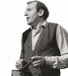 Leonard Rossiter as Rigsby My People, Funny People, Leonard Rossiter, Rising Damp, Comedy Actors, Human Pictures, British Comedy, Vintage Tv, Great British