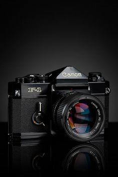 1976 Canon F-1 & FDN 50mm f/1.2 len