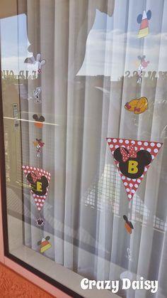 How to decorate your Disney resort room windows