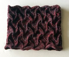 Hand Knitting Pattern PDF  Twisted Tiles Cowl  von LavishCraft