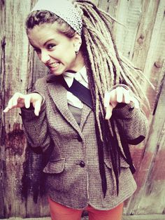 these more polished dreads look real cute on some girls, I WANT! Cute Dreads, Pretty Dreads, Beautiful Dreadlocks, Dreads Girl, Modern Hairstyles, Pretty Hairstyles, Sexy Bikini, Rasta Girl, Dreads Styles