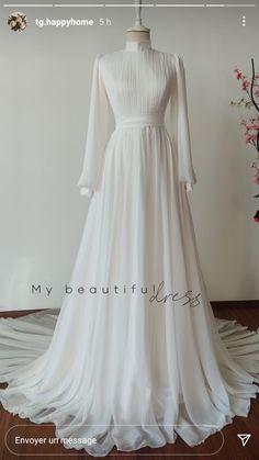 Muslimah Wedding Dress, Korean Fashion, Women's Fashion, Top Wedding Dresses, Occasion Dresses, Dress Long, Fasion, Brides, Fashion Accessories