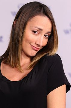 Bree Turner plays Rosalee on Grimm. Is she a new love interest for Monroe and can she be trusted? Bree Turner, Will Turner, Havana Brown, Rosalee Calvert, Grimm Tv Show, Beautiful People, Beautiful Women, Layered Cuts, Celebs