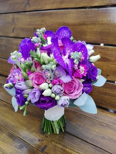 Flowers of Soul: Buchete de mireasa, nasa si cununie civila Bride Bouquets, Fresh Flowers, Flower Arrangements, Our Wedding, Wedding Flowers, Floral Wreath, Projects To Try, Wreaths, Weeding