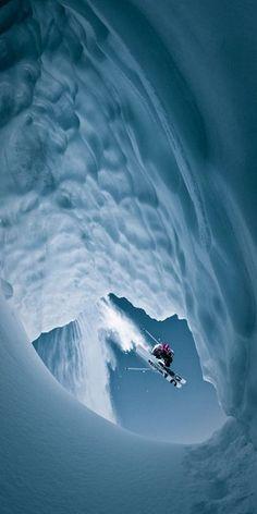 Wow!!!! Dat wil ik ook kunnen (zo goed skiën en zo goed fotograferen...).
