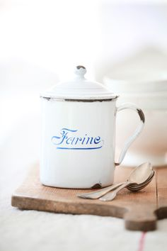 Don't you just love enamel utensils? Vintage French Farine Enamelware Canister