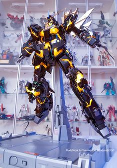 Another new finished project came from Gundam with his PG Banshee Norn NTD Mode it's in the cage, it appeared with an awesome. Gundam Toys, Gundam Art, Lionel Messi Wallpapers, Blood Orphans, Perfect Grade, Gundam Wallpapers, Gundam Mobile Suit, Unicorn Gundam, Mecha Anime