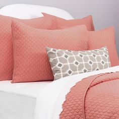 Crane & Canopy's Cloud Coral Quilt and Sham set brings chic texture and style to your room. Available in 8 colors to match every room and every bed. Coral Bedding, Chic Bedding, Bedding Decor, Neutral Bedding, Luxury Duvet Covers, Luxury Bedding Sets, Goose Down Pillows, Luxury Sheets, Palette