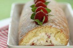 Estonian Strawberry Roulade (Berry Swiss Roll)