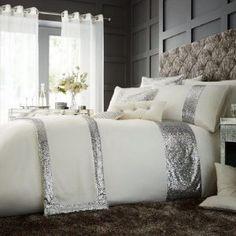 GLAMOROUS cream Duvet Cover Cream Duvet Covers, Bed Duvet Covers, Duvet Sets, Christmas Bedding, 3d Christmas, Beds For Sale, Discount Bedding, Pink Bedding, Bed Sheets