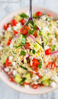 OBSESSED with this recipe. The BEST Orzo Pasta Salad! It is perfect for picnics and pot lucks. #summer #spring #yum #healthy #food #inspiration
