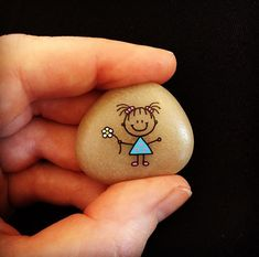 #artwork #artrocks #artstones #beachstone #cute #cutegirl #happy #hobby #instaart #instaartist #iloverocks #kærlighed #loveyou #malesten #miniature #posca #paintedrocks #paintedstones #paintingrocks #rockart #rocksROCK #rockkindness #stone #tiny
