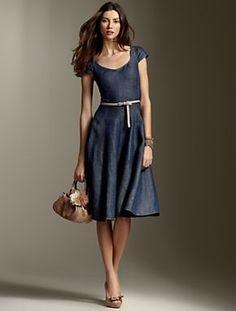 12 Denim Dresses For The Smart Casual Look - Fashion Trends Elegant Dresses, Pretty Dresses, Casual Dresses, Fashion Dresses, Summer Dresses, Denim Dresses, Denim Skirts, Chambray Dress, Womens Denim Dress