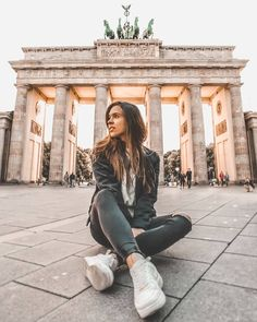 Brandenburg Gate, Berlín 📍 Germany --Learn to Speak Fluent German Today!Try it for FREE NOW.Click the Photo for More Information Berlin Photography, Photography Poses, Street Photography, Visit Germany, Berlin Germany, Brandenburg Gate, Brandenburg Germany, Berlin Travel, Photojournalism