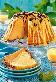 Eierlikörkuchen - Großmutters Liebling neu entdeckt: Verfeinern Sie Ihre Kuchen und Torten doch mal mit Eierlikör! Ob klassischer Rührkuchen, fruchtiger Obstkuchen oder Schoko-Sahnetorte - Eierlikör bringt neuen Pepp auf den Kuchenteller...