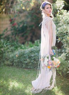 Tendance Robe du mariée 2017/2018  macrame shoulder dress  so whimsical!