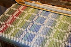 Hand-woven thoughts: Summer fabric - glesvarpad rips