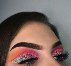 10 Night Out Makeup Ideas That Men Find Irresistible Gorgeous Makeup, Pretty Makeup, Love Makeup, Makeup Inspo, Makeup Inspiration, Makeup On Fleek, Glam Makeup, Skin Makeup, Makeup Art