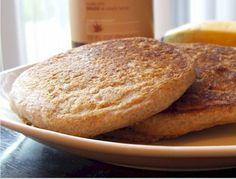My very favorite pancake recipe - fluffy spelt pancakes! Almond Milk Pancakes, Spelt Pancakes, Whole Grain Pancakes, Spelt Flour, Vegan Dishes, Vegan Desserts, Flour Recipes, Baking Recipes, Clean Eating Breakfast