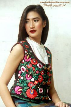 Batik Amarillis made in Indonesia ..this is when Indonesia's culture met Hungarian culture and art , inspired by Fabulous vintage traditional hungarian waistcoat with rich,meticulous,colorful and intricating Hungarian embroidery style combined with Indonesia's traditional textile such as batiks and ikats #batikamarillis #batikindonesia #hungarianembroidery