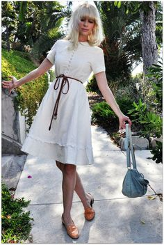 fancy tree house. love this fun little linen dress. I want!
