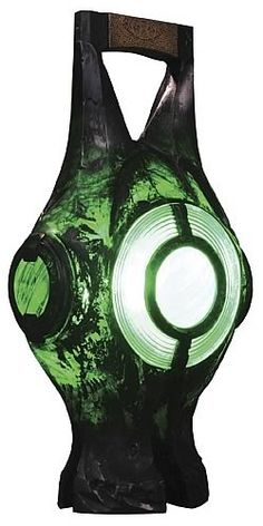In brightest day,. In blackest night,. No evil shall escape my sight,. For those who worship evil`s might,. Beware my power!! Green Lantern's Light