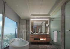 Top 10 Most Amazing Bathrooms in the World_1Shangri-la hotel at United Kingdom Top-10-Most-Amazing-Hotel-Bathrooms-in-the-World_1Shangri-la-hotel-at-United-Kingdom Top-10-Most-Amazing-Hotel-Bathrooms-in-the-World_1Shangri-la-hotel-at-United-Kingdom
