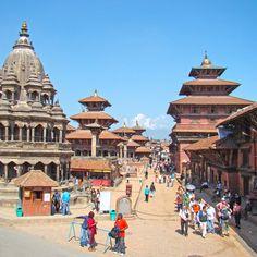 Der Durbar-Platz in Kathmandu, Nepal Pictures To Paint, Cool Pictures, Laos, India Travel, Travel Nepal, Where The Sun Rises, Vietnam, Thailand, Asian Architecture