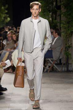 Hermès Spring 2016 Menswear Fashion Show