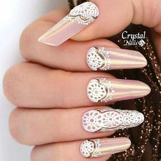 Russian almonds with mermaid powder and 3D gel. #ClassicMully #Classicfied #CrystalNails #gelnails #hardgel #3dgel #bayareanails created by CN educator