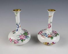 BEAUTIFUL PAIR Antique Vieux PARIS PORCELAIN BUD VASES Old French Vase Gold HP