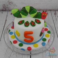 Raupe Nimmersatt Torte | Hungry Caterpillar Cake  #eventcakes #geburtstagstorte #birthdaycake #torte #motivtorten #tortendesign #fondanttorte #tortendekoration #tortenkunst #fondantcakes #charactercakes #cakeart #instacake #cakedesigner #sugarart #hungrycaterpillar #raupenimmersatt  Mandelbiskuit mit Mango-Fruchtschicht und Kokoscreme | Almond sponge cake with Mango fruit and coconut cream Caterpillar Cake, Hungry Caterpillar, Marzipan, Mango Fruit, Character Cakes, Sponge Cake, Coconut Cream, Almond, Birthday