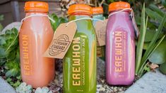 Erewhon Market has found success in the saturated Los Angeles organic food market by offering solely organic goods. Healthy Food Options, Healthy Drinks, Healthy Recipes, Healthy Foods, Benefits Of Organic Food, Health Benefits, Ingrid Goes West, Organic Food Market, California