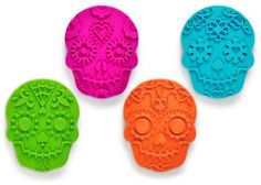 SWEET SPIRITS Day of the Dead Cookie Cutter/Stampers, Set of 4 Fred http://smile.amazon.com/dp/B00B5EE1IM/ref=cm_sw_r_pi_dp_GuPkub1A86TMT
