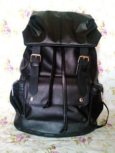 black leather backpacks for fashion girls #girls #backpacks #fashion www.loveitsomuch.com