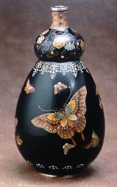 並河靖之 「蝶図瓢型花瓶」