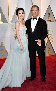 Rosalind Ross & Mel Gibson from Oscars 2017: Red Carpet Couples  The Hacksaw Ridge director steps out with his wife.